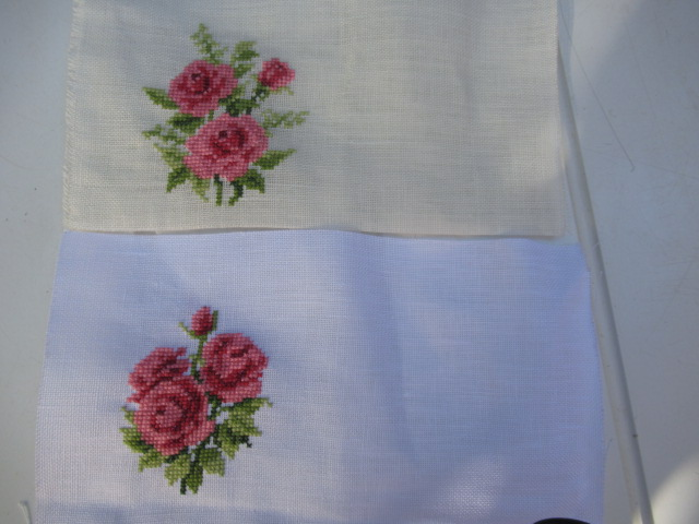 2 broderies Roses Img_3616