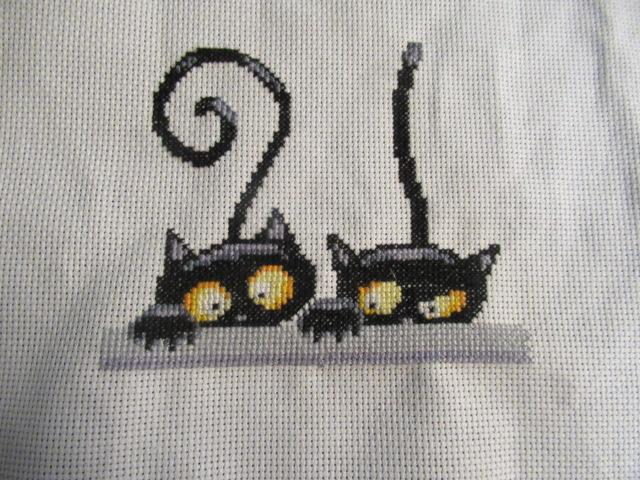 les 3 chats ou les curieux :boites faites Img_4510