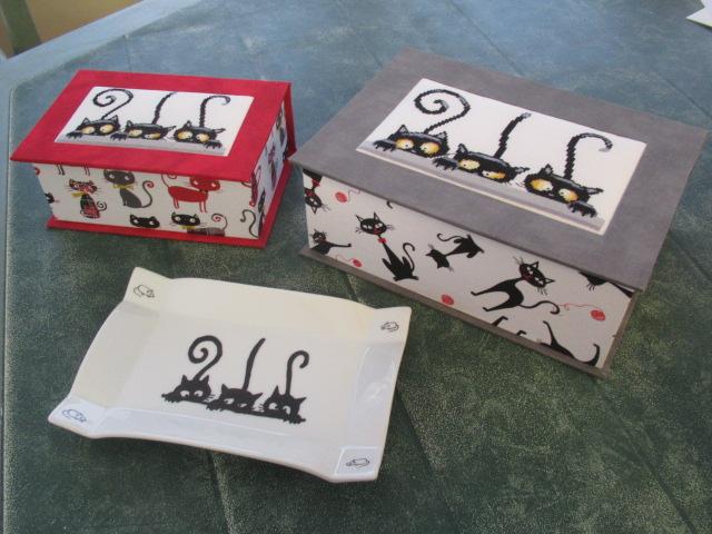 les 3 chats ou les curieux :boites faites Img_4616