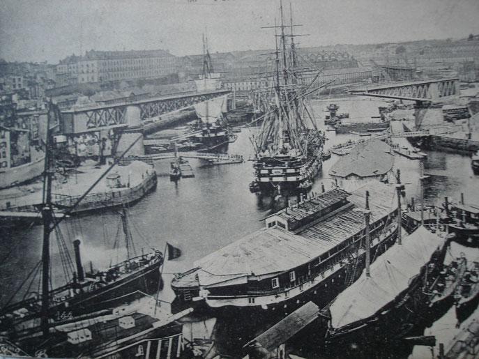 Quel est ce navire ??? Image10