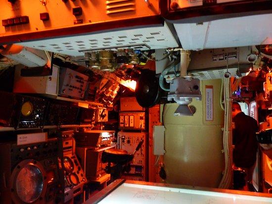 Sous-marin classe Daphné (scratch demi-coque 1/50°) par demicoque Interi10