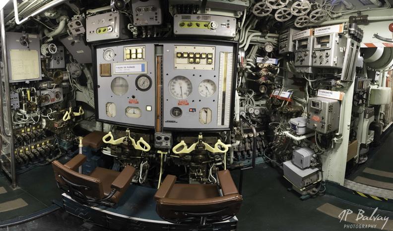 Sous-marin classe Daphné (scratch demi-coque 1/50°) de domicoque - Page 2 Poste_10