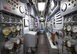 Sous-marin classe Daphné (scratch demi-coque 1/50°) par demicoque Tzolzo10