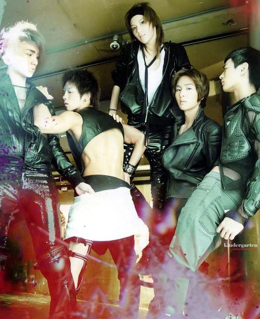 """[PICS OFFICIAL]0071910 photoshoot des SHINee pour leur album """"lucifer"""" Erhtyj10"""