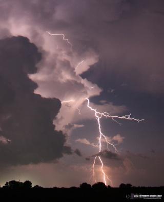 Show di fulmini nel sud dell'Illinois Aug15115