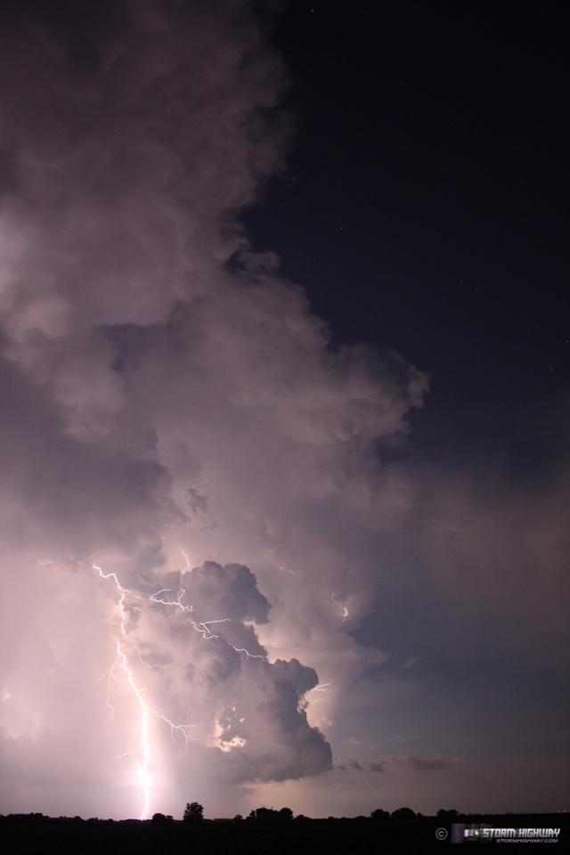 Show di fulmini nel sud dell'Illinois Aug15121