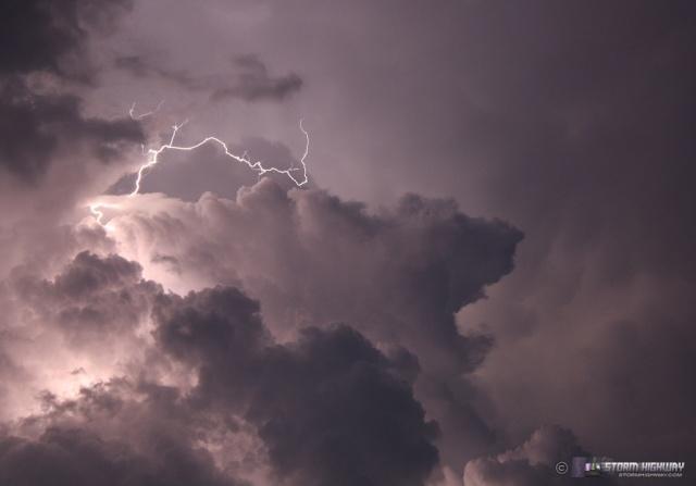 Show di fulmini nel sud dell'Illinois Aug15128