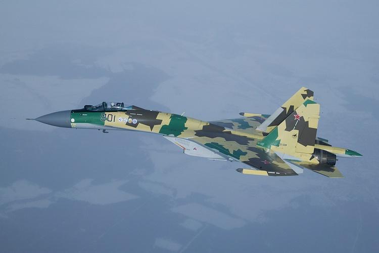 Chasseur Su-35BM  Su-35-10