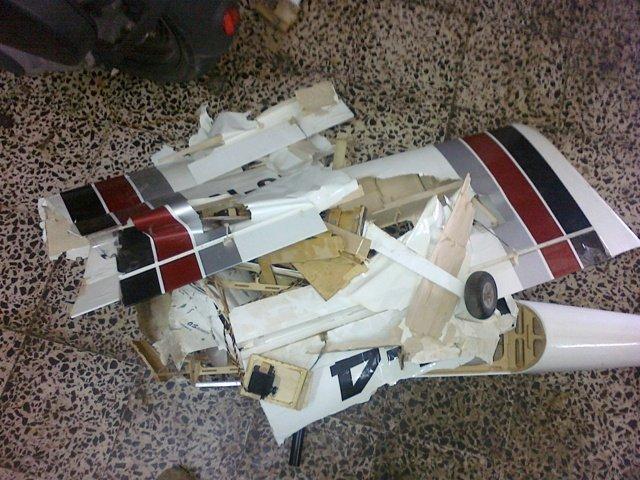 Vedio Atterrissage d avion rc RV-4 110