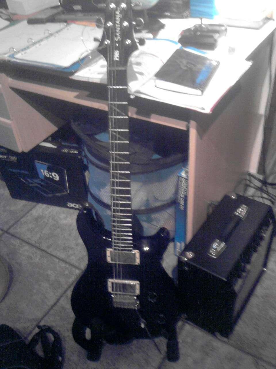 La Guitarre ! P2401110