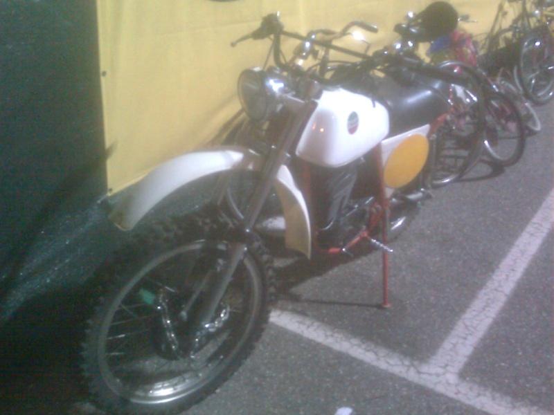 Foto di moto d'epoca o rare avvistate per strada Immag013