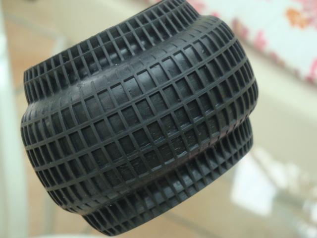 Diminution Diminuer centrifuge pneus pneu renforcer/toiler Dsc03311