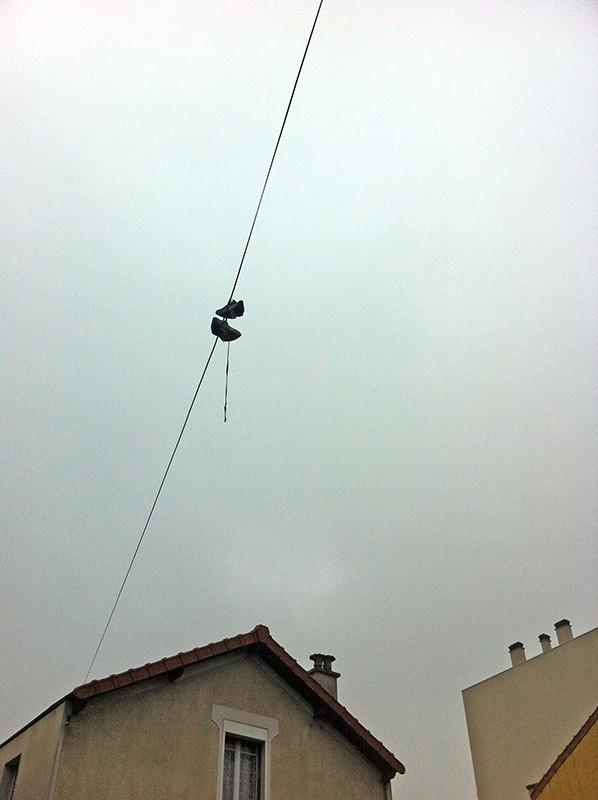 Une paire de chaussures volantes qui fait causer pres du Kosmos... Chauss10
