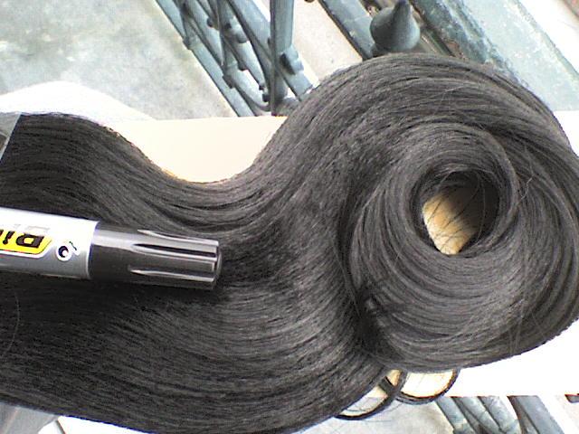 Echange 7 paquets PONY noir ( lisse )... Dsc00010