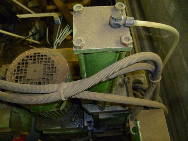 pompe hydraulique P1000714