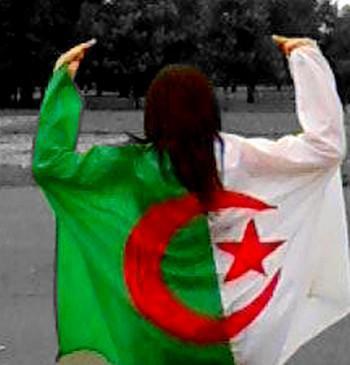 مجموعة صور الفريق الوطني الجزائري 20270710