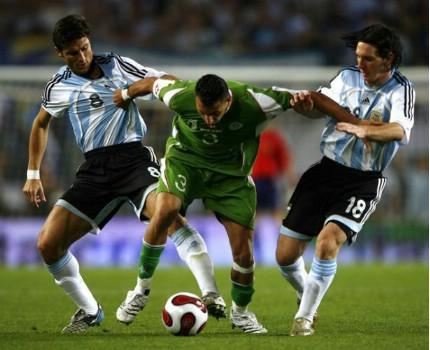 مجموعة صور الفريق الوطني الجزائري R5me4210