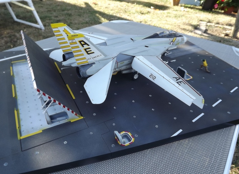 montage F-14 A Academy et hasegawa - Page 2 F-14_511