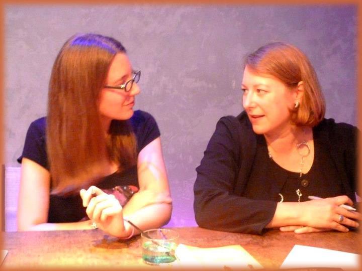 Rencontre avec Deborah HARKNESS et Kristin CASHORE - Paris 14 septembre 2012 Les_de10