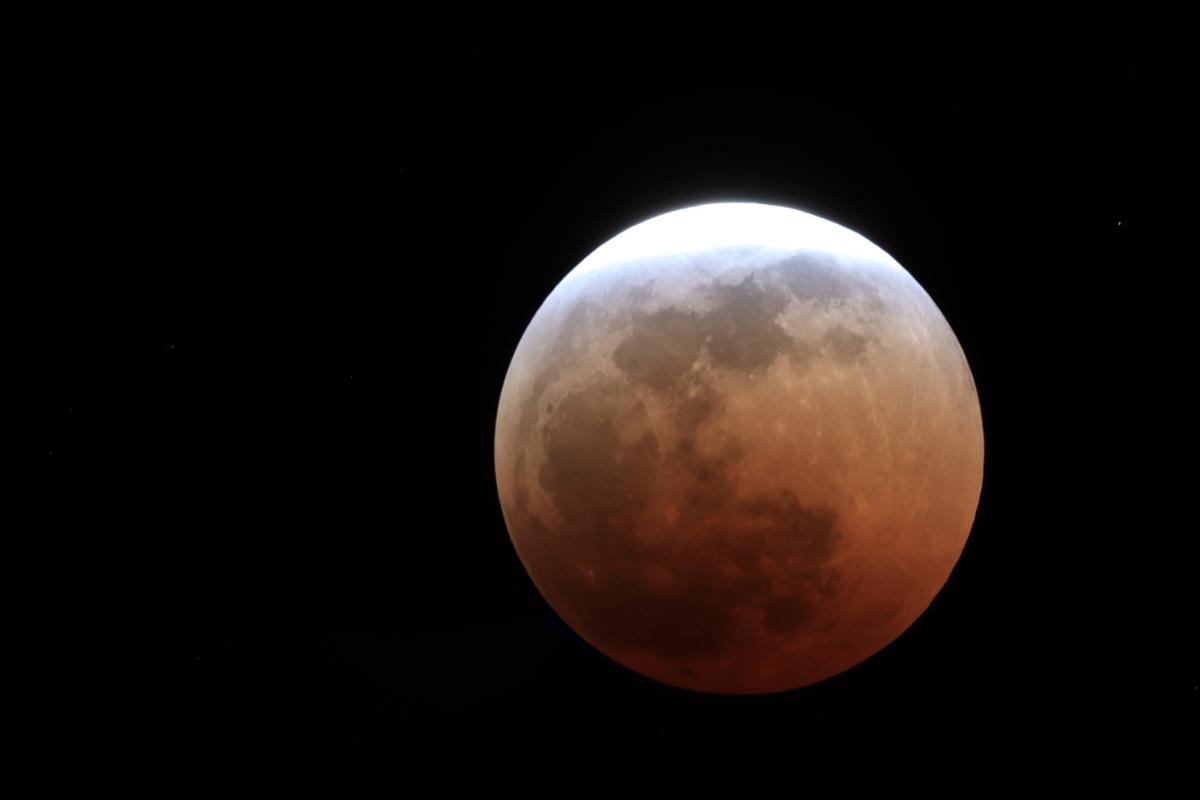 Eclipse de Lune 27 et 28 Juillet sous les Tropiques Img_0014