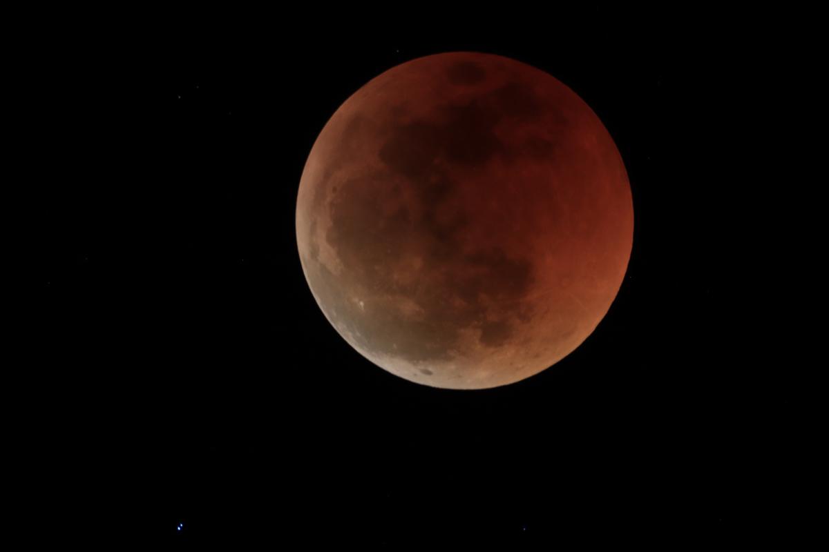 Eclipse de Lune 27 et 28 Juillet sous les Tropiques Img_0110