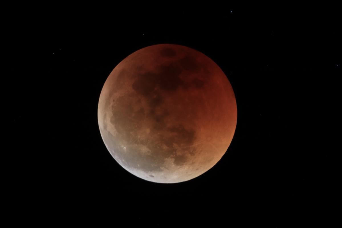 Eclipse de Lune 27 et 28 Juillet sous les Tropiques Img_0112