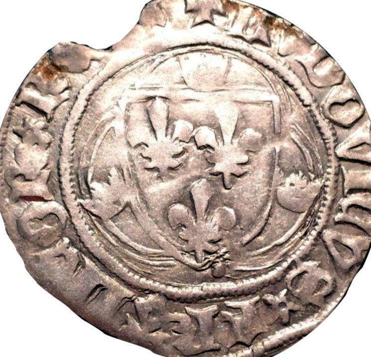 Fragment peut-être encore exploitable : Blanc de Louis XI, frappé à Limoges à confirmer... Dy550_10
