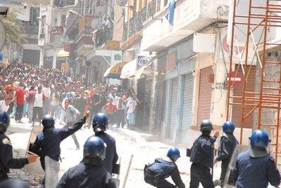 Le site qui milite pour la dignité de l'Algerie Ameute10