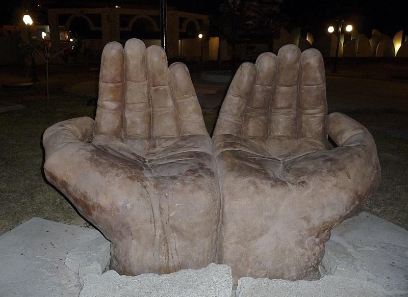 FIL ROUGE : Les sculptures P1010010