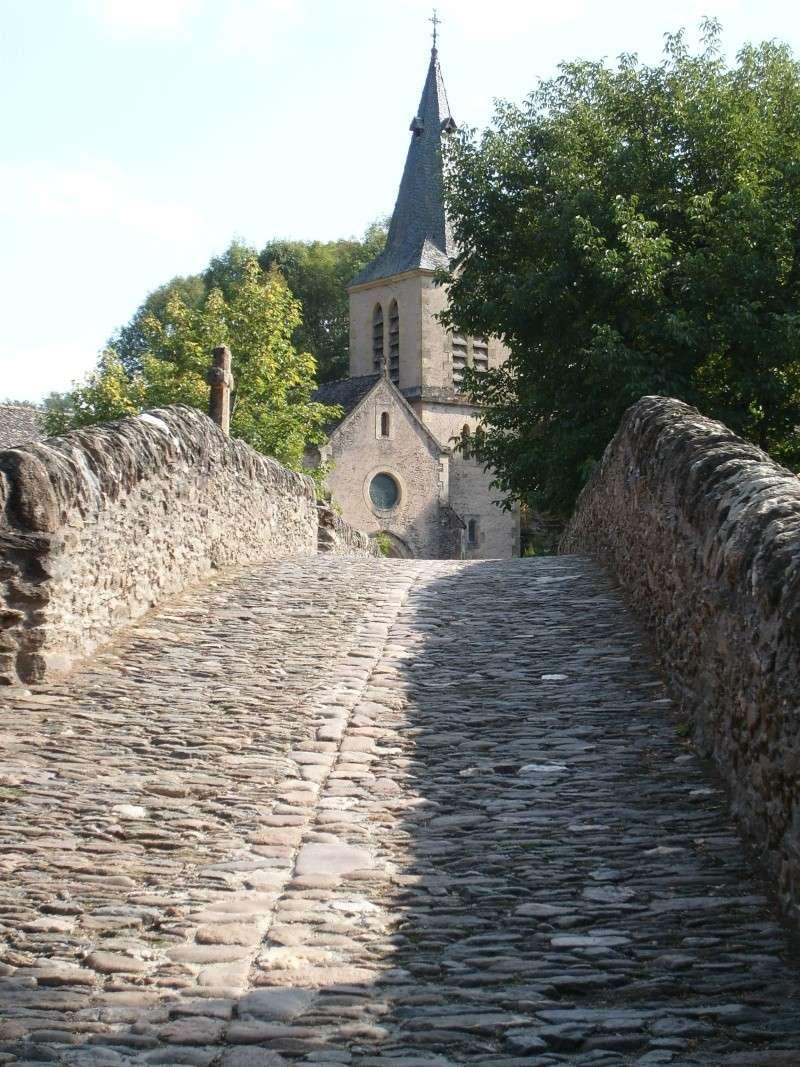 Belcastel en Aveyron 00410
