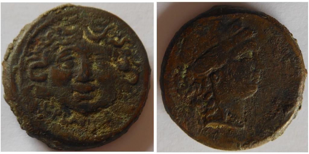 Tête méduse face au front en dessous de L PLAVTIVS /  Venus 1410