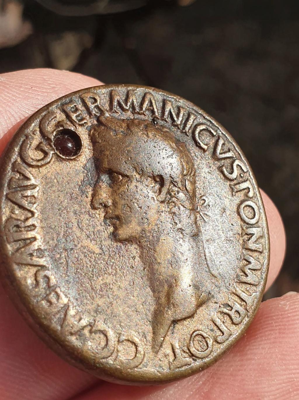 Padouan Caligula Caligu12