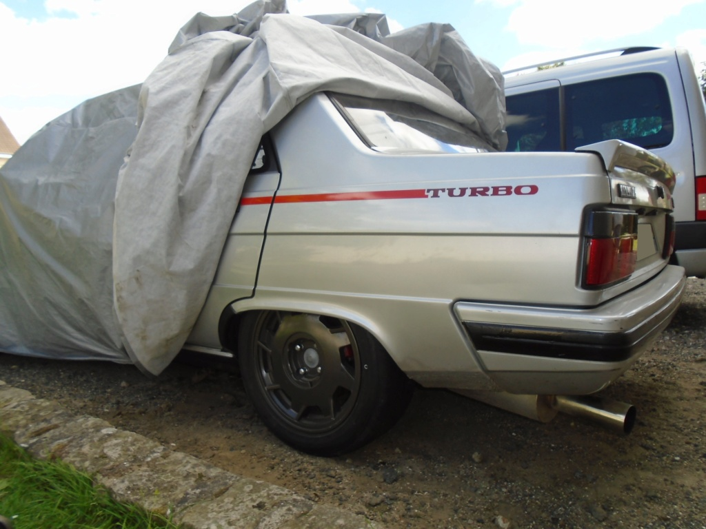 R9 Turbo 1986 de Guigui69.69 - Page 38 Dsc05615