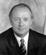 Ned Dougherty (États-Unis)