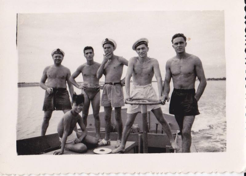 Les flottilles amphibies en Indochine - Fais et Fain - Dinas - Page 4 Marine11