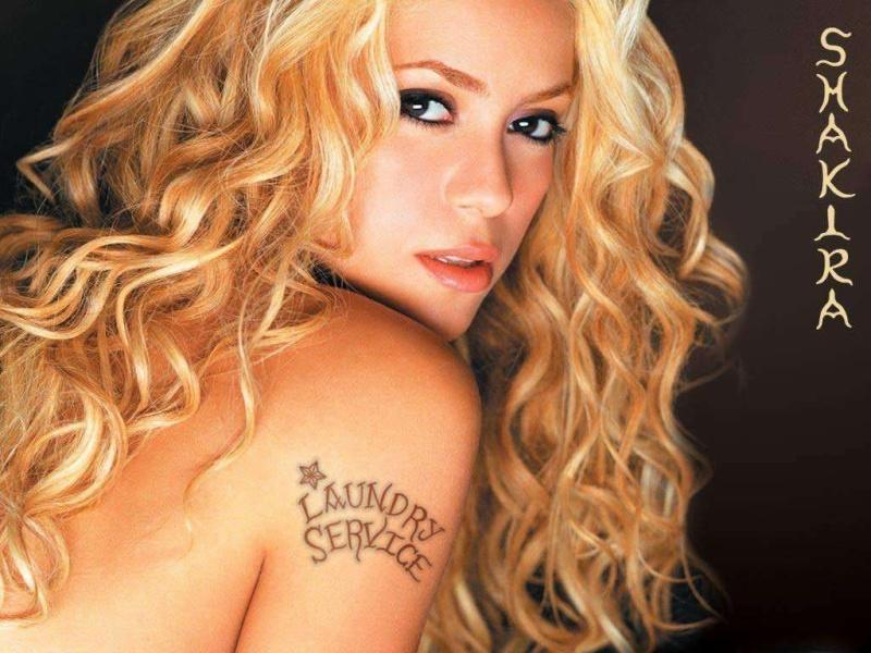 Shakira....... 12750612