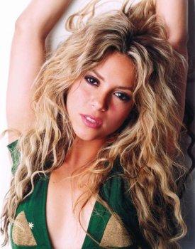 Shakira....... 6drk2g10