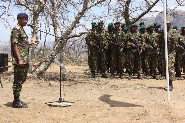 Kenya Defence Force - Page 4 Cgs_pa10
