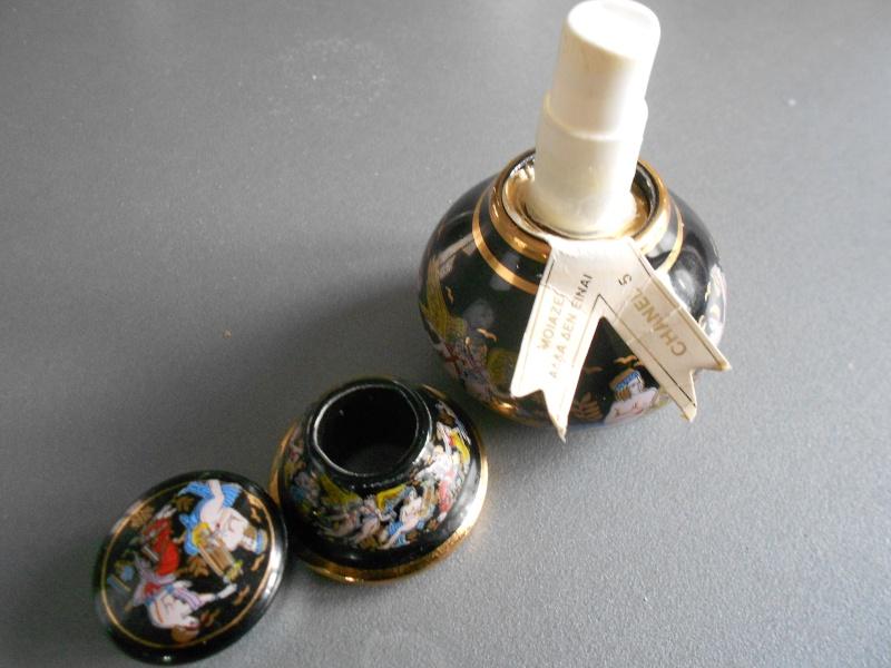 Flacon porcelaine 5 de Chanel  Photo_35