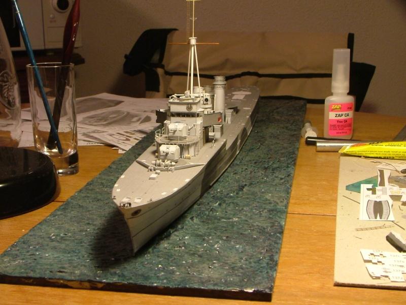 Contre-torpilleur Jaguar - 1/200 - Page 2 Dscf4110