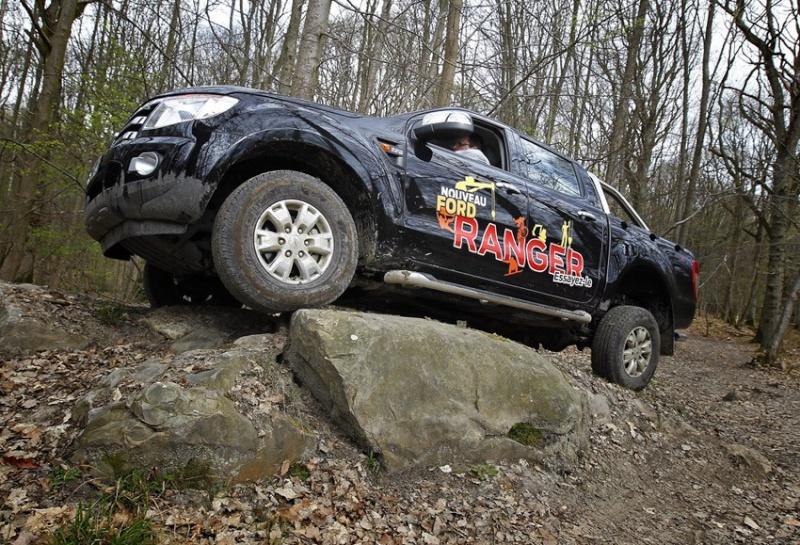 Ford ranger xlt 1/7 eme  20120411