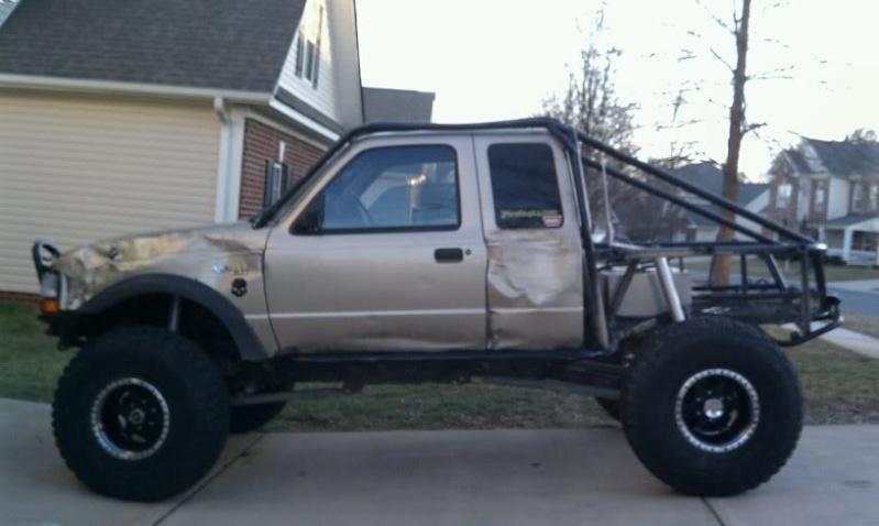 Ford ranger xlt 1/7 eme  - Page 5 Nakedd10