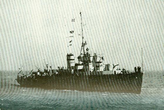 M900 / A954 Adrien De Gerlache (ex HMS Liberty) - Page 6 Algeri10