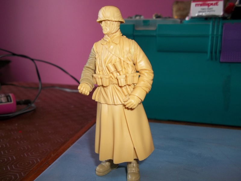 Ma 1er figurine 120mm Mastiq11
