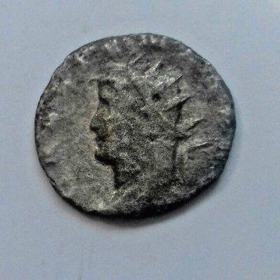 Gallienus left bust from Milan Gallie11