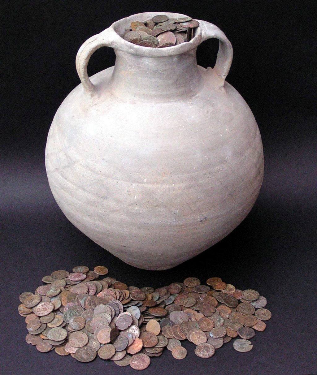 The Rockbourne Roman Villa Hoard (Hampshire, UK). Pot_ja10