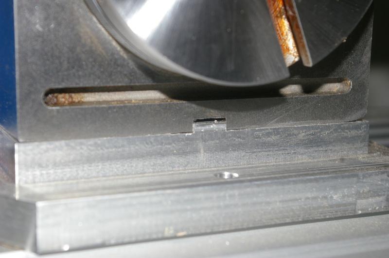Portique  CNC  PFE1000PX + socle et console PC - Page 5 Imgp2012