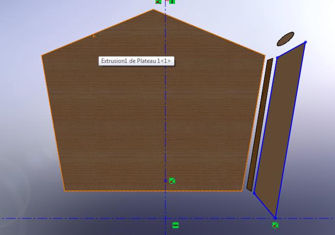 Table sur mesure en forme pentagone  Montag11