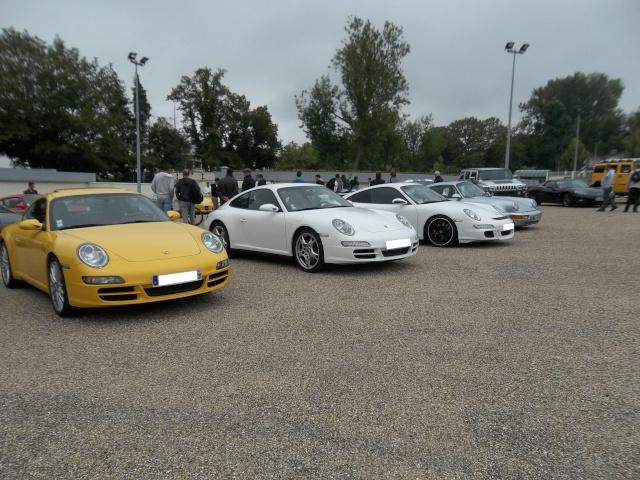 Cars and coffee et autres réunions - Page 41 100_1086