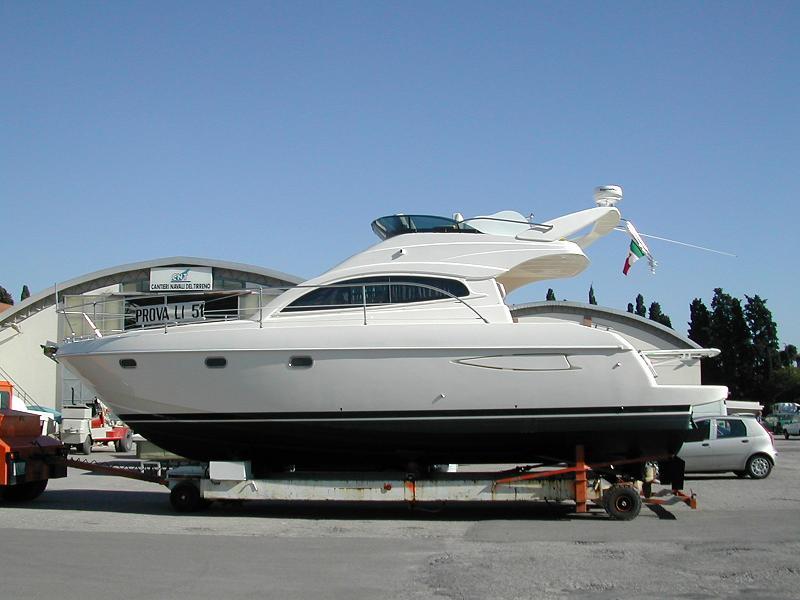 Yacht Fly-Bridge R/C (WT35) (Etabeta) A_terr10